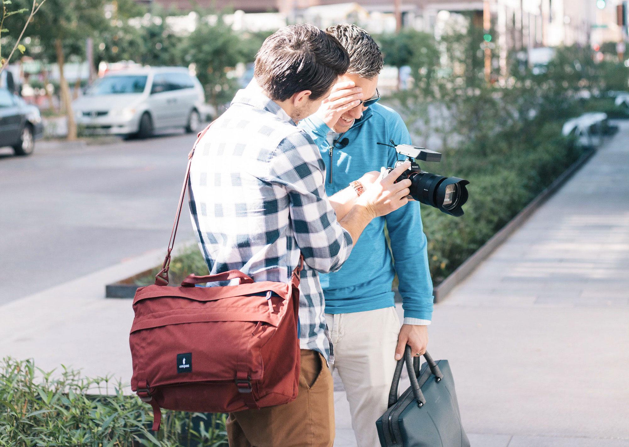 90861a29bc A Laptop Bag For The Urban Adventurer - Cotopaxi Kpong 15L Satchel